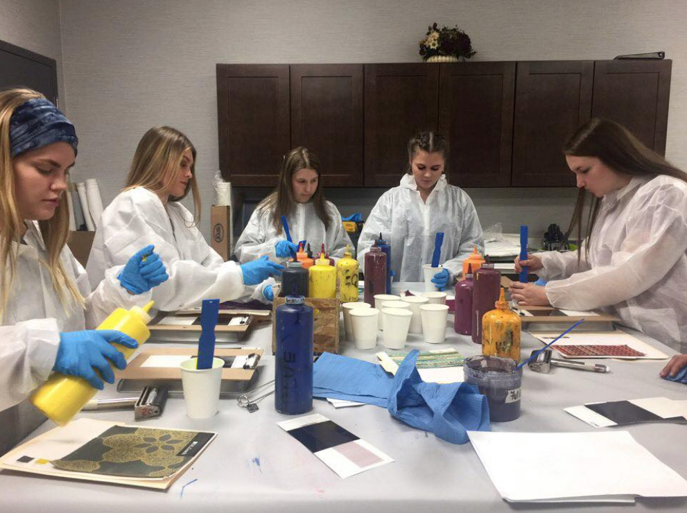 IS students at LSI Wallcovering