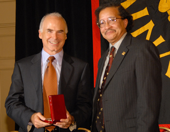 hall of honor tachau medallion presentation
