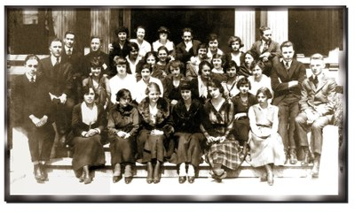 The first graduating class in arts and sciences, 1911