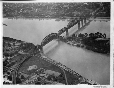 Aerial view of Kentucky and Indiana Bridge, Louisville, Kentucky, 1922.