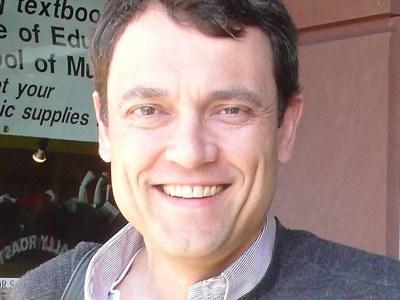 Prof. Dan Vivian