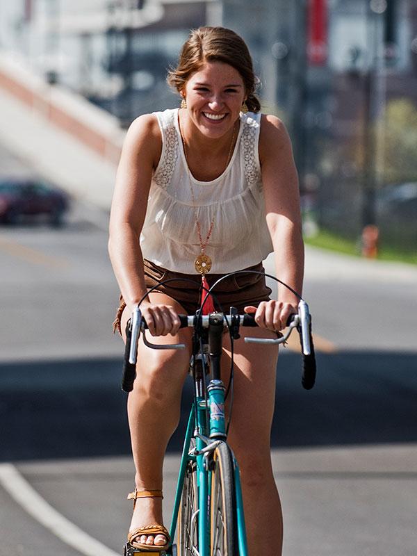 Stephanie Dooper with bike
