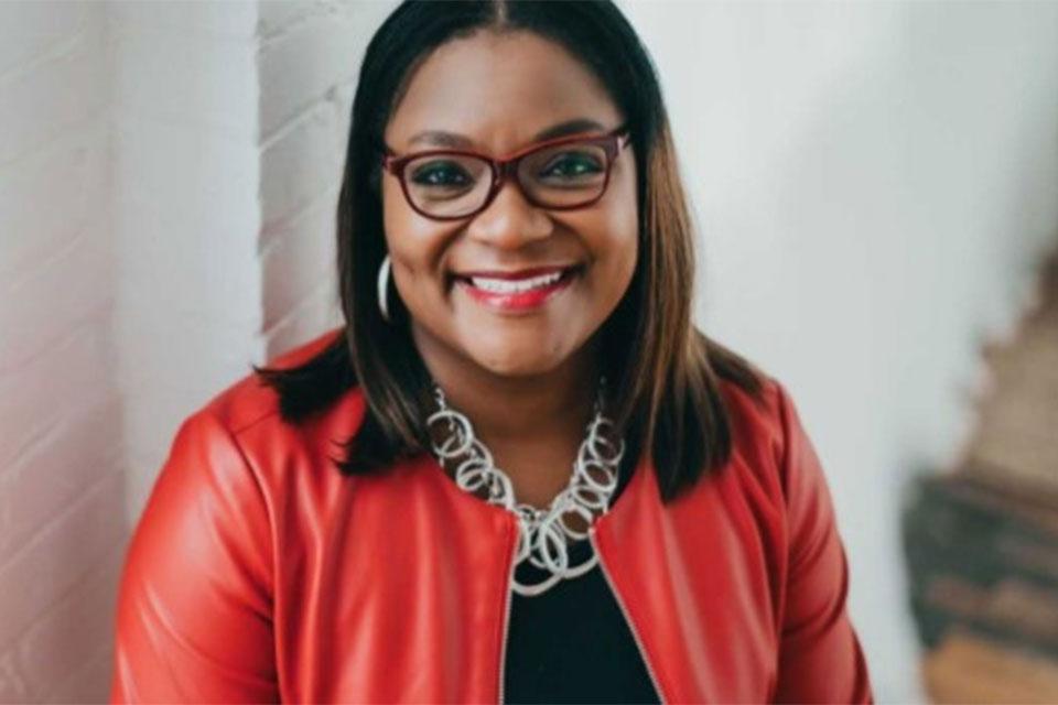 Psychology Alumna wins 2019 Woman of Distinction award