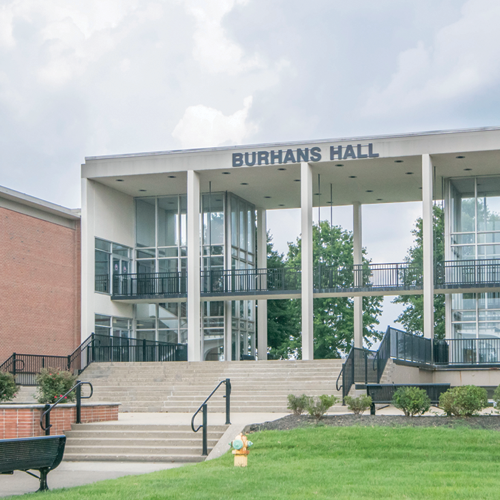 Exterior of Burhans Hall at the University of Louisville Conference Center at ShelbyHurst Campus