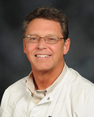 Image of Dr. Richard W. Keeling, DMD at the University of Louisville School of Dentistry