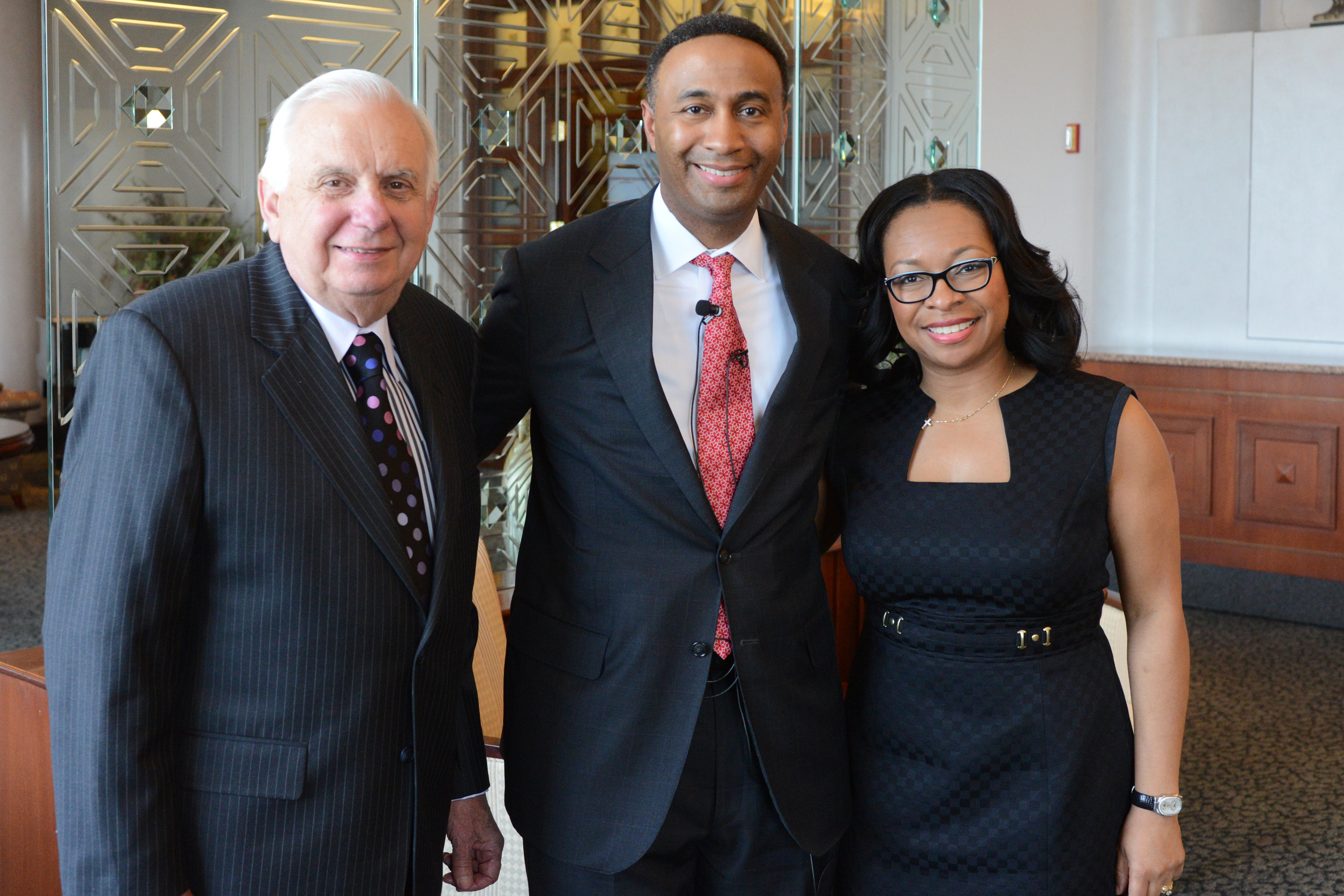 UofL dental school hears from renowned surgeon on patient-centered care