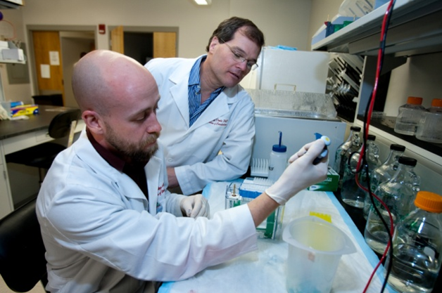 Two researchers in a center laboratory