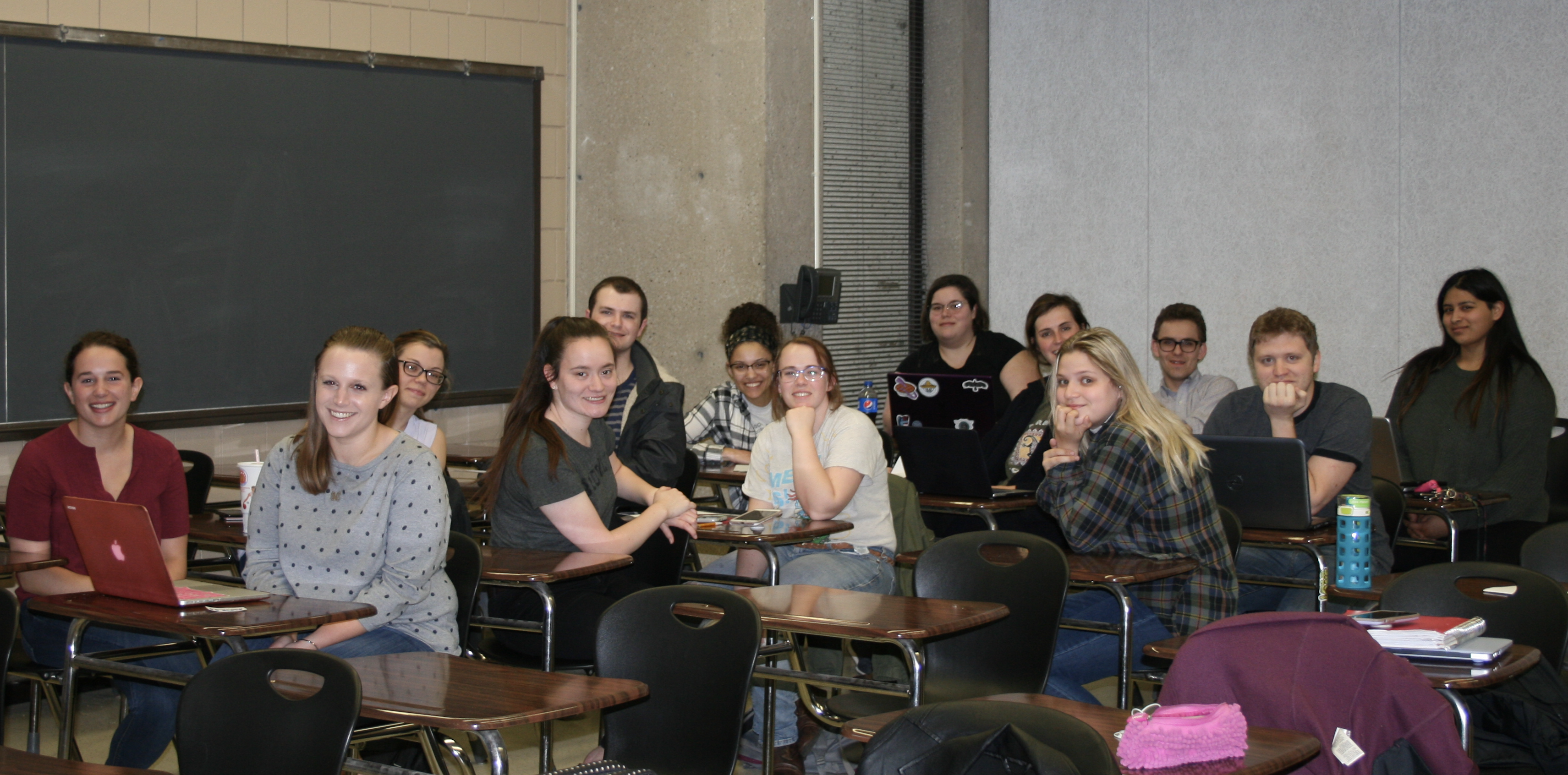 English students partnering with local organizations