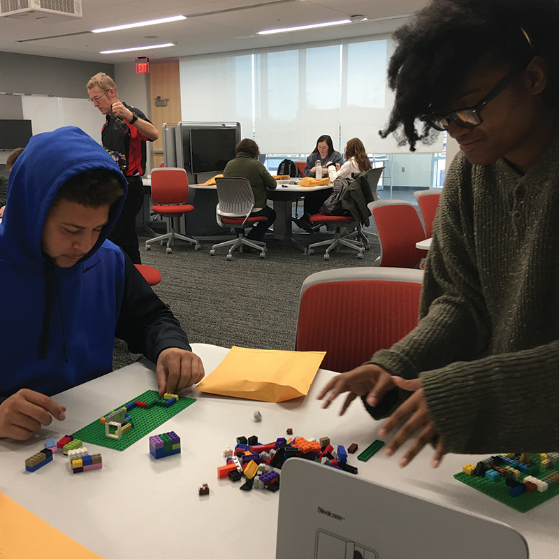 Students participate in a Speed School FYI fall 2019 seminar section.