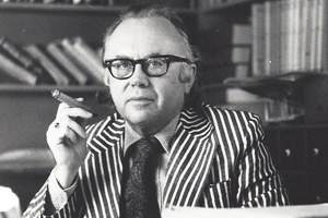 Dr. Russell Kirk