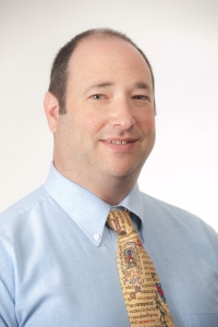 Michael Whiteman ('94) named interim dean of Chase College of Law