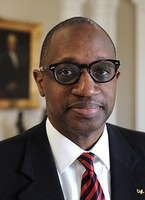 Prof. Cedric Powell to speak about housing segregation, West Louisville at LBA event