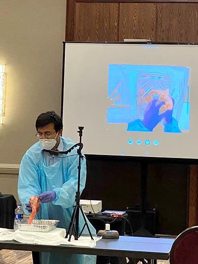 Dr Apte going over the cardiac anatomy