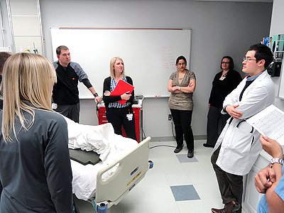 Residents in simulation lab