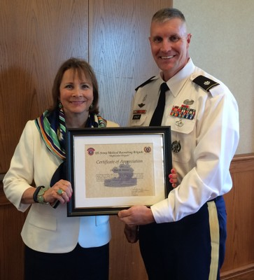 Ganzel receives recognition from Army Medical Brigade