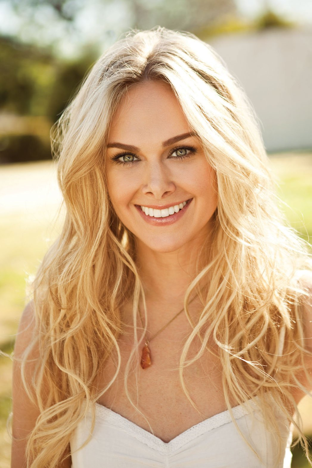 Laura Bell Bundy Nude Photos 22