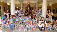 Toys for Tots drive by UofL medical residents brings in nearly 1,000 toys for community children