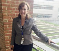 Alumni Fellow transitioned from bedside nurse to leadership role at FDA